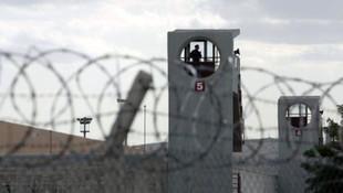 IŞİD'liler hapishanede isyan çıkardı: 32 ölü