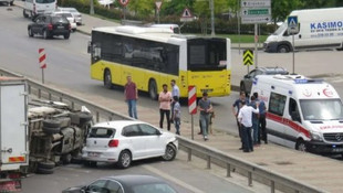 Kadıköy'de trafiği kilitleyen kaza !