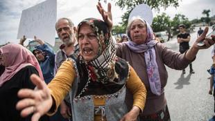 İstanbul'da bir mahalle isyanda: Kadınlar yol kapattı