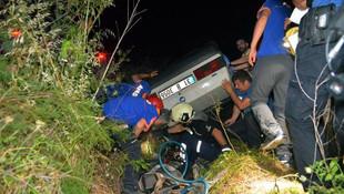 Takla atan otomobil şarampole uçtu: 2 ölü, 2 yaralı