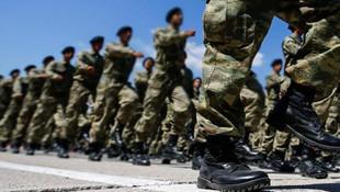 Bakan Akar yeni askerlik sistemini anlattı: 2 bin lira harçlık verilecek