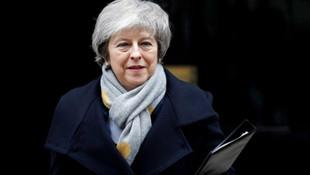 İngiltere'de şok iddia: Yarın istifa edecek !