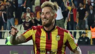Evkur Yeni Malatyaspor'da Ömer Şişmanoğlu takımdan ayrıldı