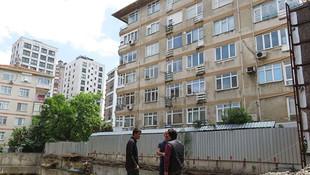 İstanbul'da çökme tehlikesi ! Kadıköy'de 6 katlı bina boşaltıldı!