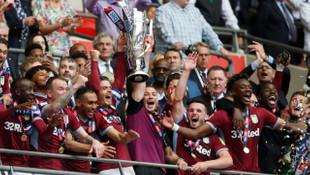 Aston Villa, Premier Lig'e geri döndü