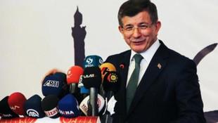 Davutoğlu'nun yanında sürpriz isim