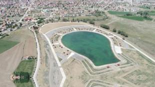 Şarkışla Belediyesi AK Parti amblemi şeklinde havuzy aptı