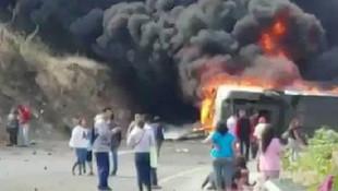 Meksika'da katliam gibi kaza: 21 ölü, 30 yaralı