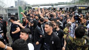 Galatasaray - Beşiktaş maçı öncesi Beşiktaş taraftarı gözaltına alındı