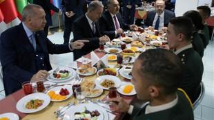 Erdoğan: Münbiç ve Fırat'ın doğusunu sizler temizleyeceksiniz
