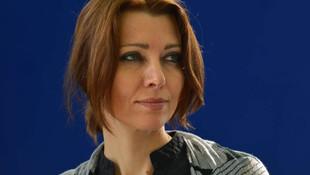 Elif Şafak'tan ''pedofili içerik'' iddiaları için ilk yanıt