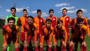 Galatasaray 6 - 2 Barcelona