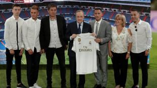 Real Madrid, Eden Hazard'ı basına tanıttı