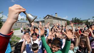 18 milyon öğrenci için tatil zili çaldı