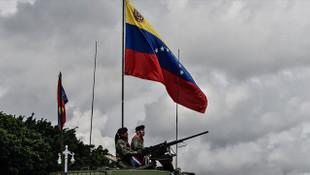 Venezuela'da yeniden darbe girişimi !