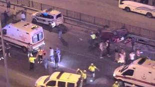 Kazaya müdahale eden polislere otomobil çarptı