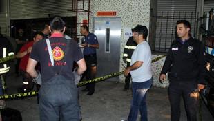 Asansörde sıkışan çocuk öldü