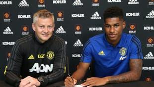 Manchester United, Marcus Rashford'un sözleşmesini uzattı