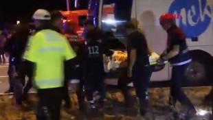 Yolcu otobüsüyle otomobil çarpıştı: 3 kişi öldü, 1 kişi yaralandı