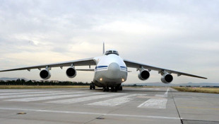 S-400'leri taşıyan 12'inci uçak Mürted'e indi