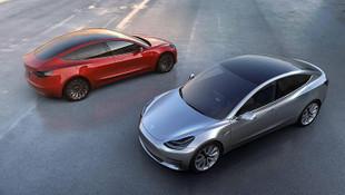 Tesla marka araçlara hem indirim hem zam