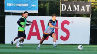 Fenerbahçe pas ve hücum çalıştı