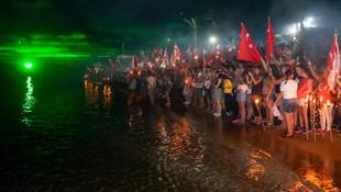 KKTC'de tarihi anlar ! Milyonlarca kişi şafak nöbetinde