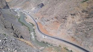 Hakkari'de çatışma: Yaralı terörist Zap Suyu'na atladı
