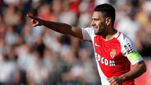 Radamel Falcao'ya Valencia da talip oldu!