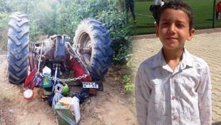 Traktörün altında kalan çocuk hayatını kaybetti