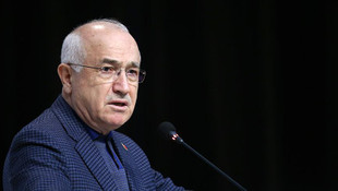 Cemil Çiçek'ten çok tartışılan ''maaş'' açıklaması