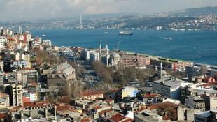 İstanbul'un hangi ilçesinde en çok nereliler yaşıyor ?