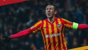 Kayserispor'da Umut Bulut'la yeni sözleşme imzalandı