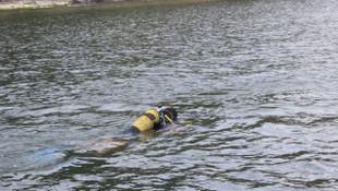 Tekneden denize atlayan adam 28 gündür kayıp
