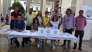 İzmir'de referandum ! Belediye çalışanları sandığa gitti