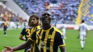 Denizlispor'un Hadi Sacko transferinde pürüz çıktı