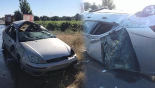 Feci kaza ! Otomobil takla attı: Yaralılar var