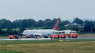 ABD askerlerini taşıyan uçakta yangın