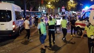 Polis minibüsü ile otomobil çarpıştı: 7 yaralı