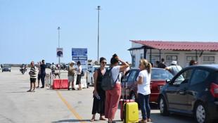 Semadirek Adası'nda tatil kabusu ! 1000 kişi mahsur kaldı