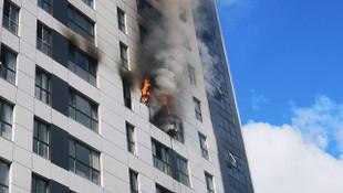 İstanbul'da 16 katlı binada büyük yangın