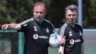 Beşiktaş'ta Orhan Ak yedek kulübesinden ayrıldı