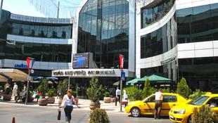 İstanbul'un ünlü AVM'si satışa çıkarıldı