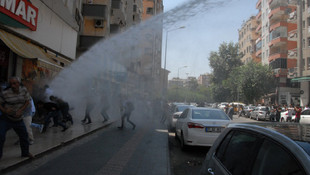 Van ve Diyarbakır'da kayyum gerilimine polis müdahalesi