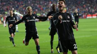 Beşiktaş'ta, Ljajic ve Dorukhan'da kas zorlanması