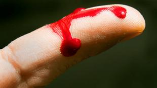 ''Kanım şifalı'' diyerek insanlara kanını içirmiş