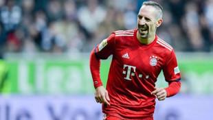 Franck Ribery, Fiorentina'ya imza atıyor