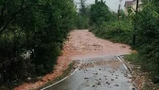 Bartın'da şiddetli yağış ! Köprüler sular altında kaldı