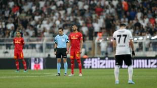 Beşiktaş - Göztepe maçında Emine Bulut unutulmadı