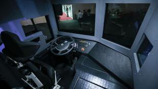 Türkiye'nin ilk sivil zırhlı midibüsü 'Adba' göreve hazır